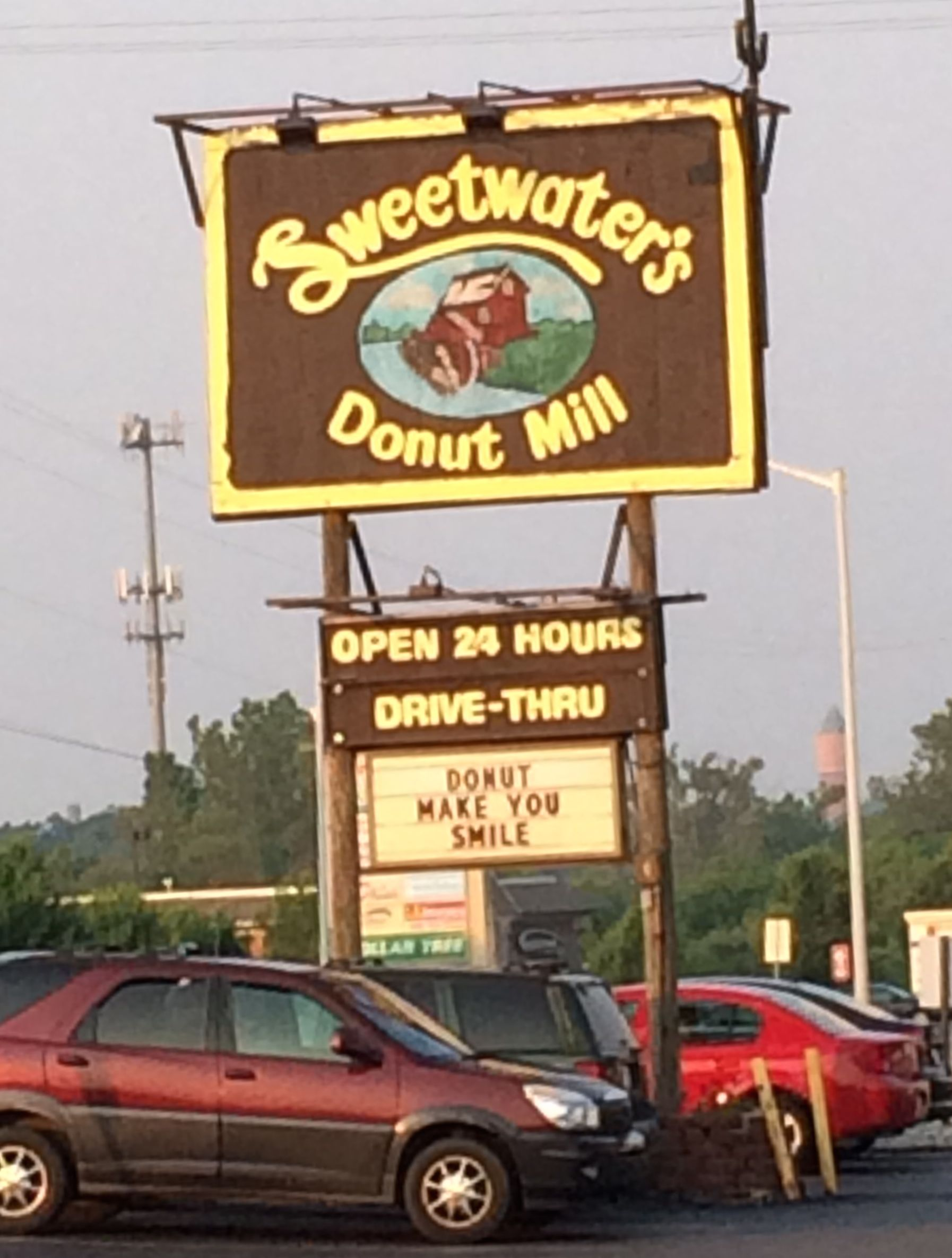 Sweetwater's Donut Mill - one of the best in the USA!