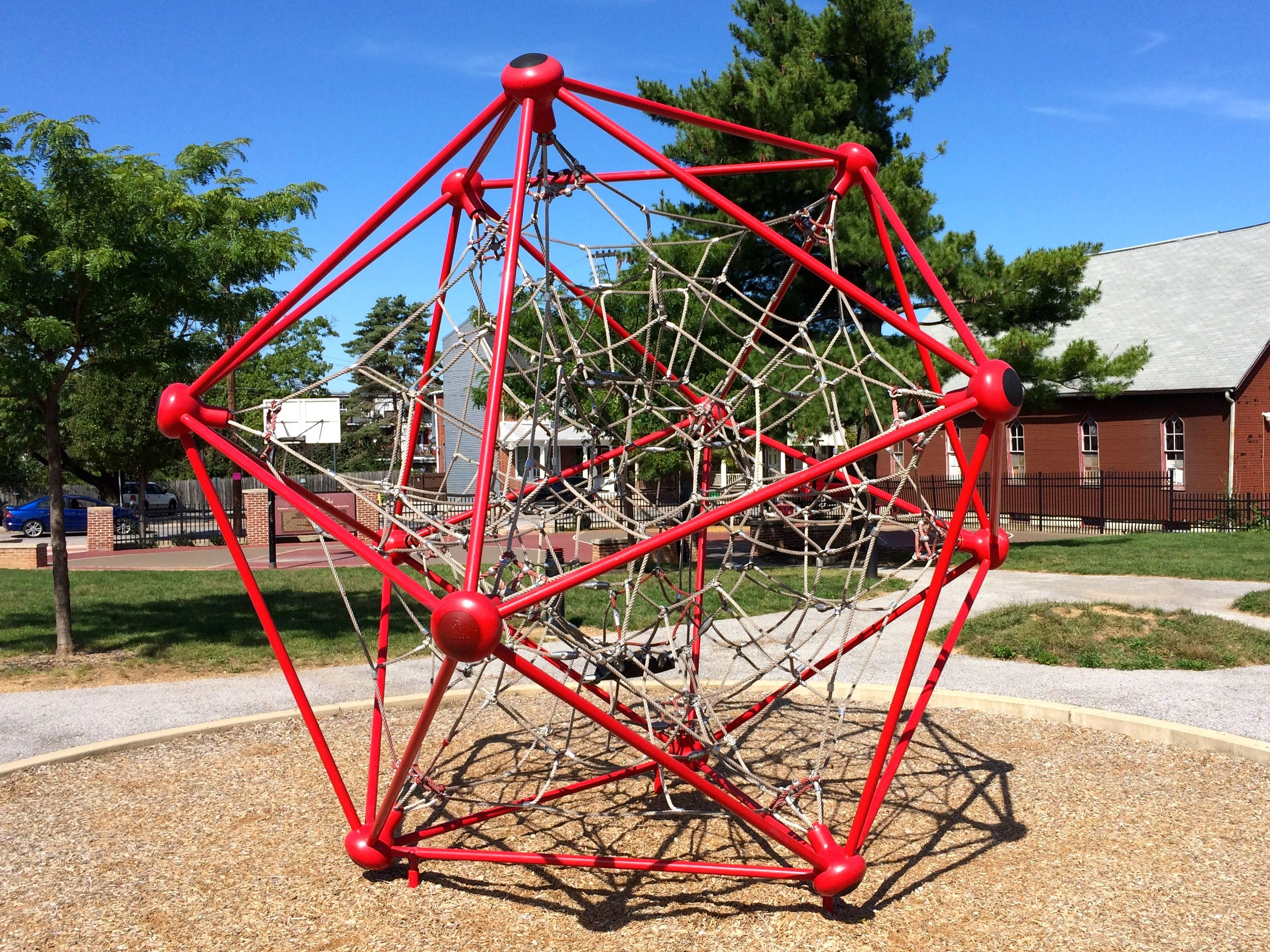 A 17-sided climbing structure