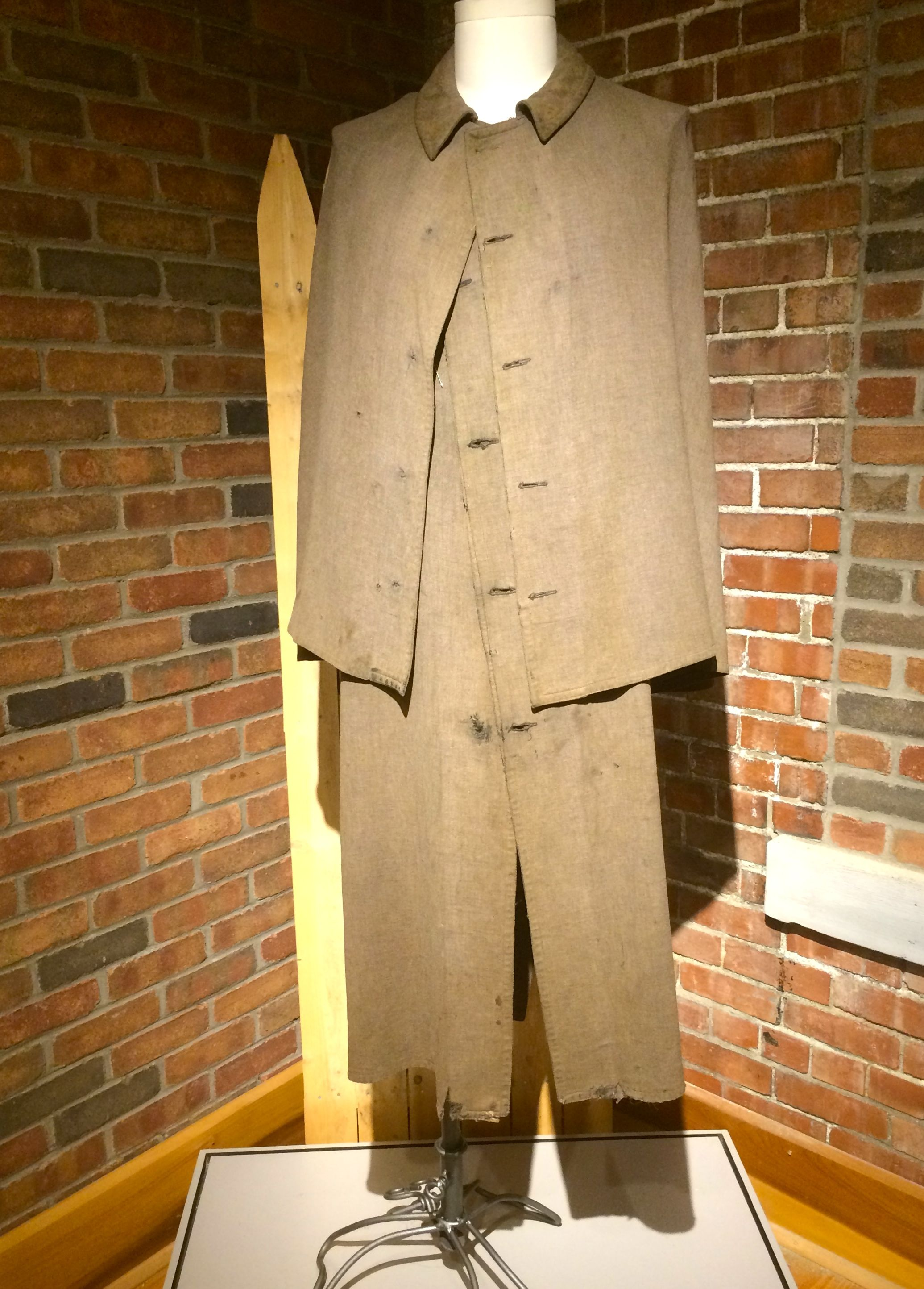 Confederate coat worn in Elmira