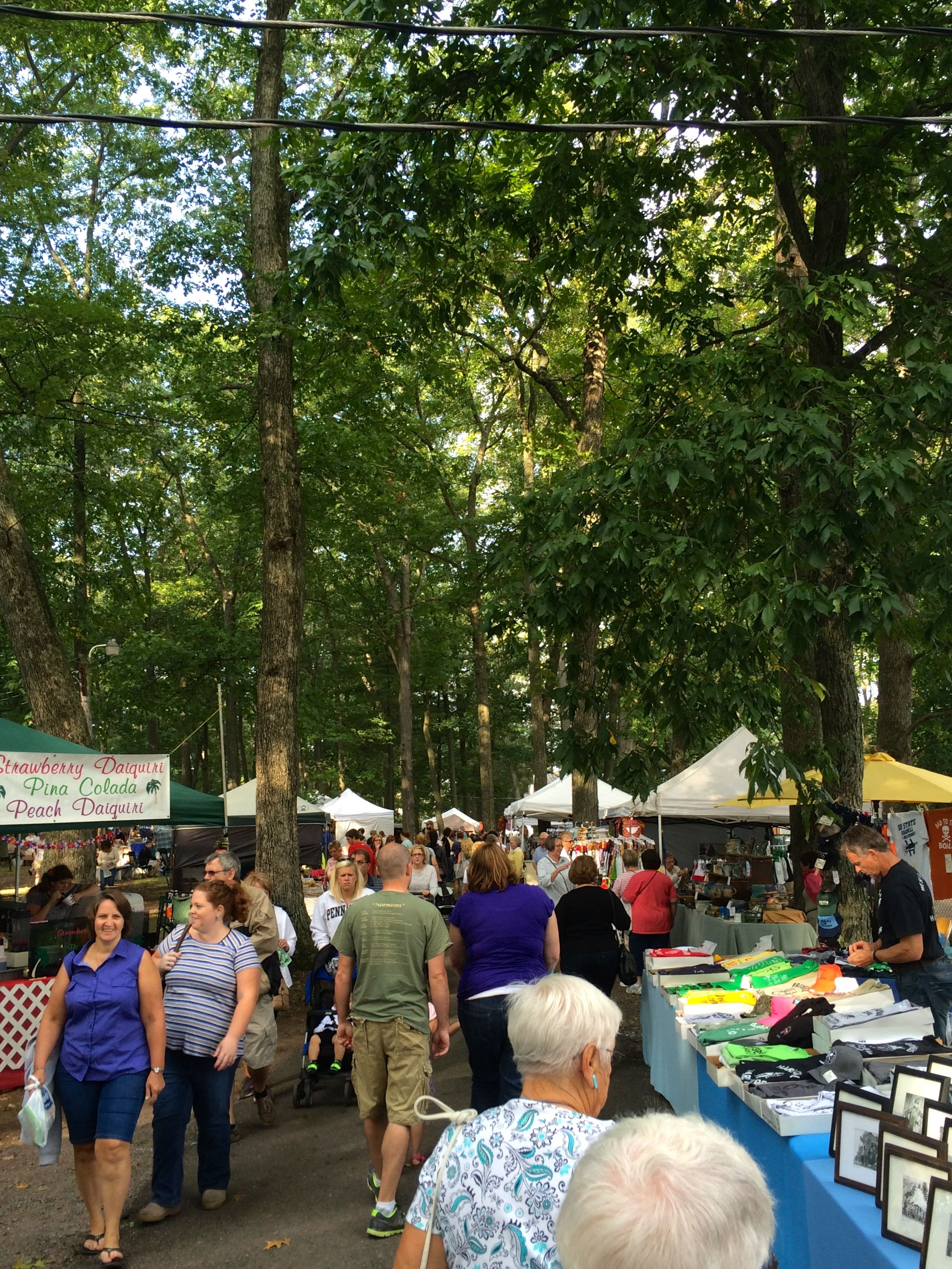 Crafts under the trees