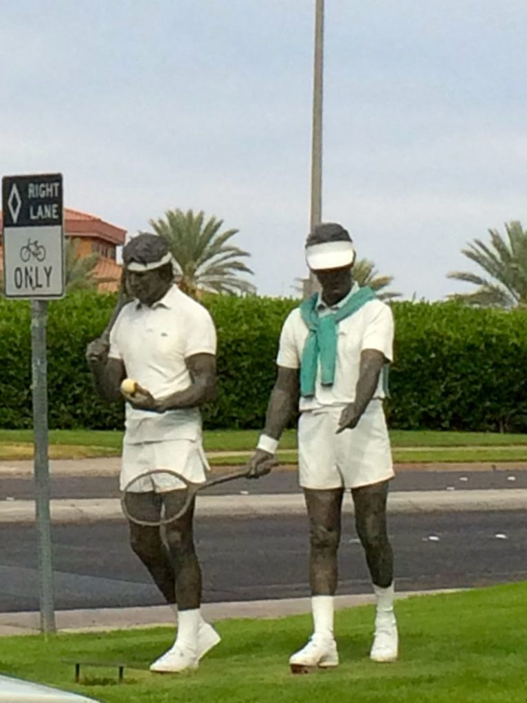 Tennis players sculptures