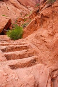 thumbs_steps-hole-in-the-rock-1