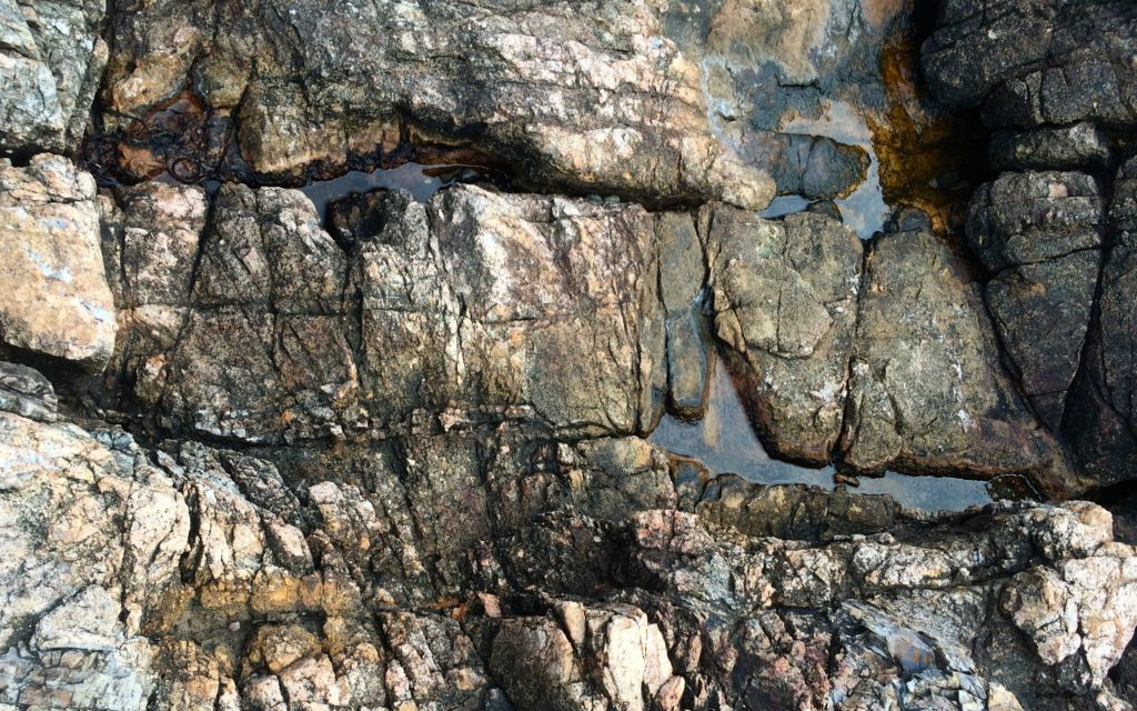 eroded-cracked-rocks-2