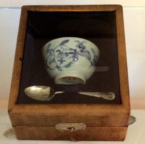 washingtons-tea-bowl-and-spoon