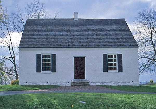 cape-cod-style-house